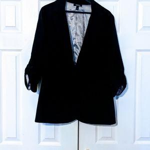 torrid Jackets & Coats - FINAL SALE ‼️ Torrid Ruched 3/4 Sleeve Blazer